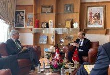 صورة لقاء عمل بين عمدة مدينة فاس و سفير دولة سويسرا المعتمد بالمغرب